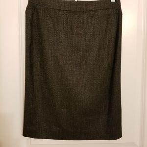 Ann Taylor pencil skirt gray small split in back
